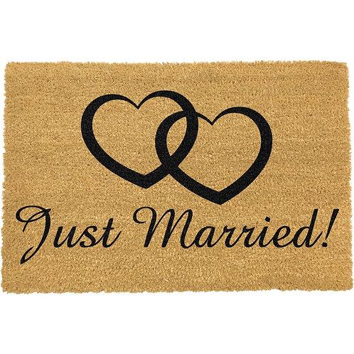 Deurmat Just Married