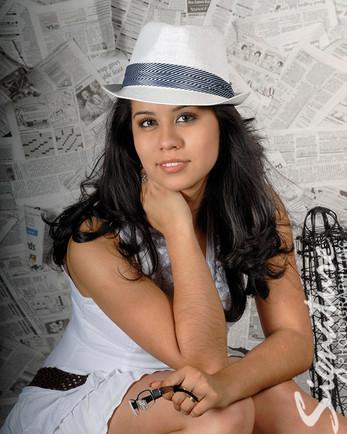 Senior Girl07_website.jpg