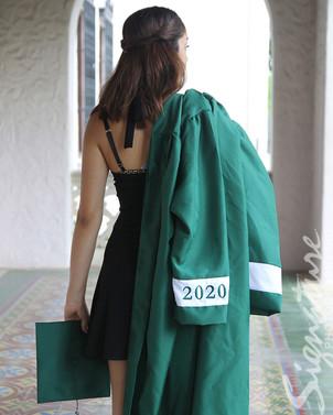 Senior Girl09_website.jpg