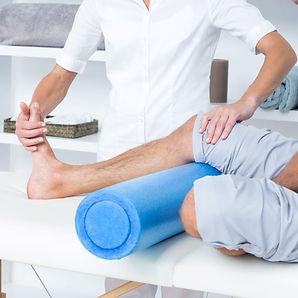 doctor-examining-her-patient-leg_square.