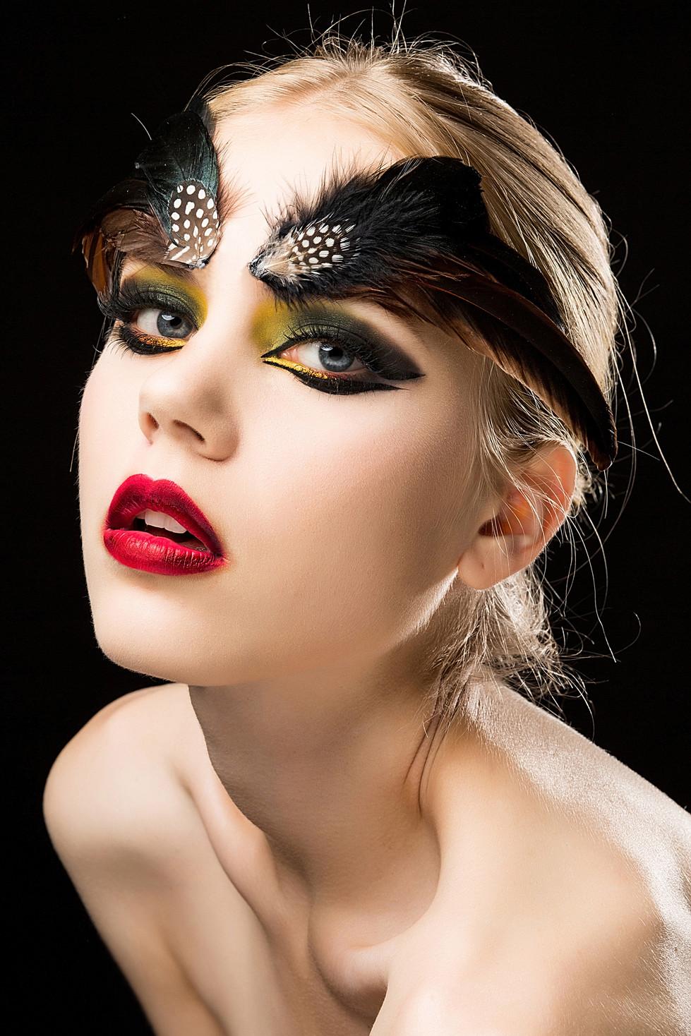 Minnie Makeup彩妝單元
