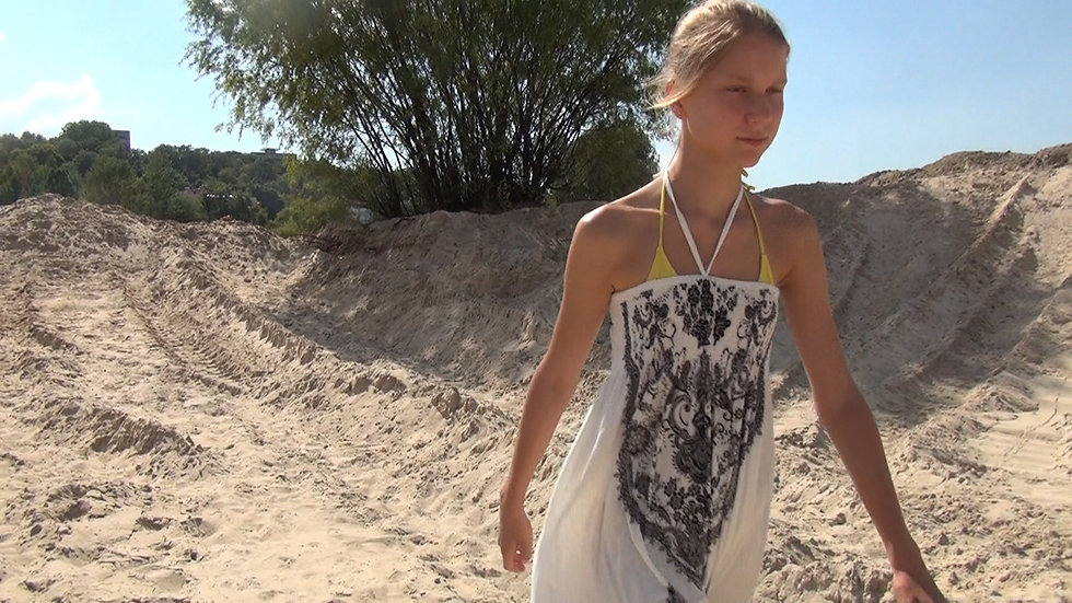 Video: River, Water and Sand.