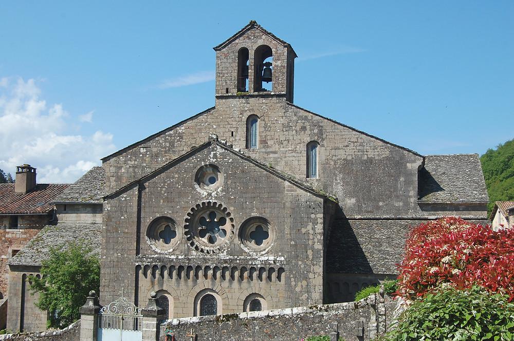 Visite de l'Abbaye de Sylvanès adaptée par Braille & Culture