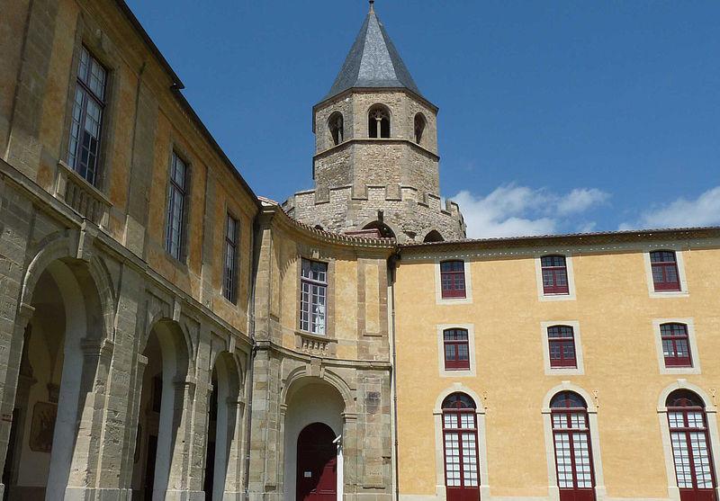 Visite de l'Abbaye-école de Sorèze adaptée par Braille & Culture