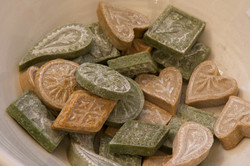 French Soap-'The Growing Suitcase'