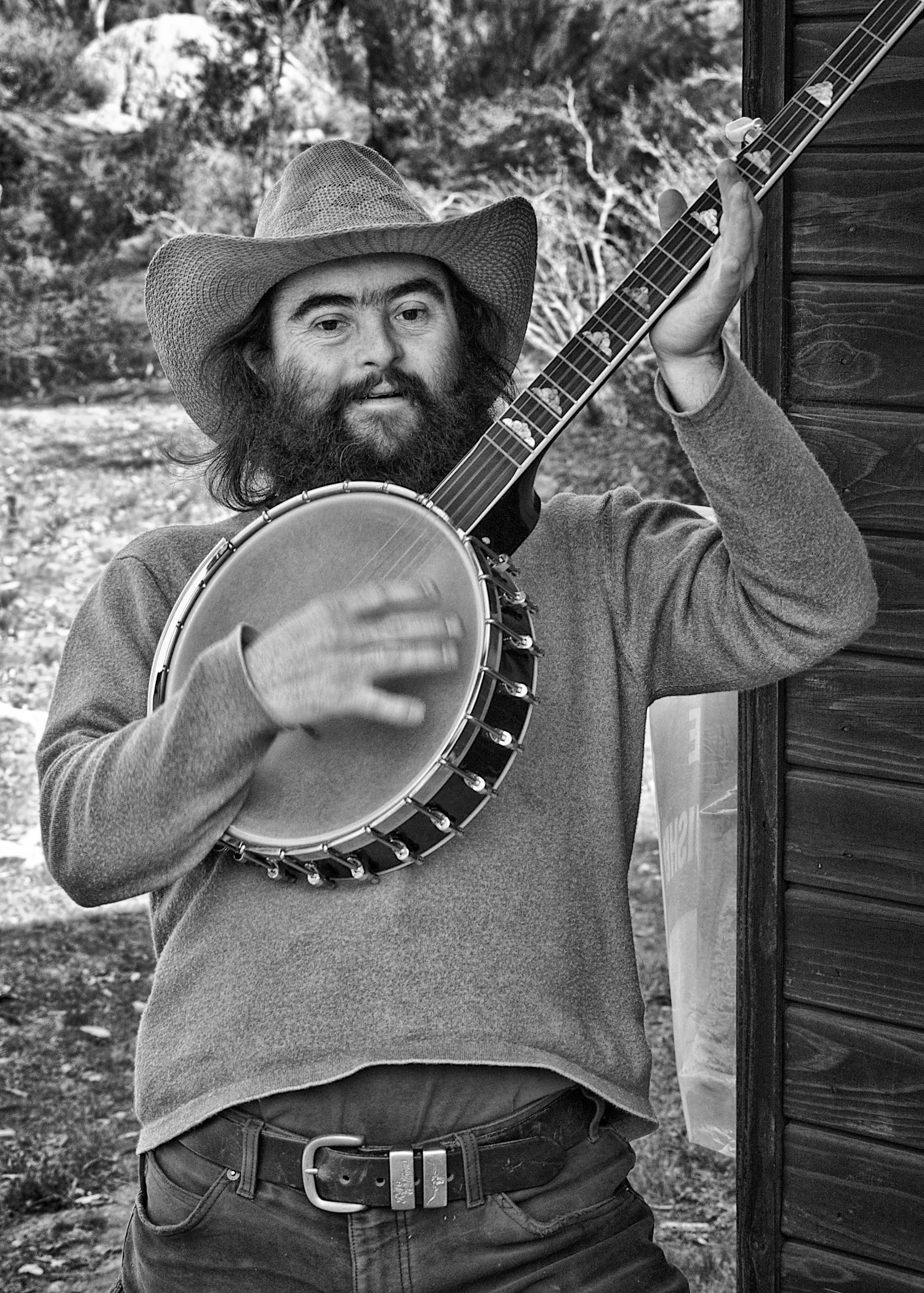 Pat and banjo