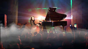 Rosalie Drysdale on Stage at Grand Piano