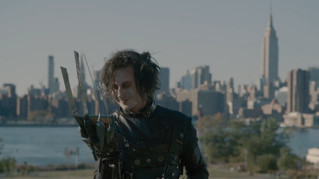 Edward Scissorhands Becomes a Hipster