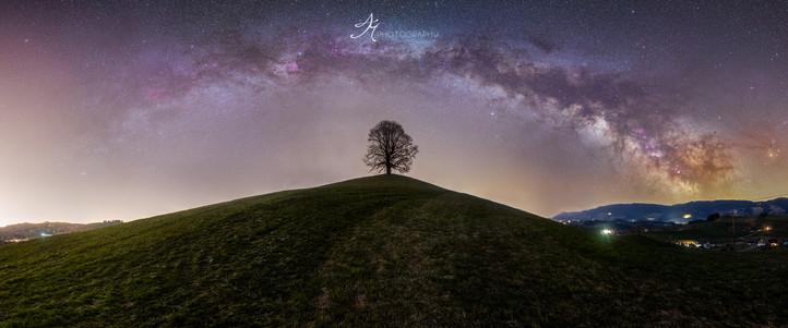 Hirzel by night.jpg