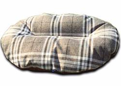 oval dog bed for baskets nutmeg check uk_edited