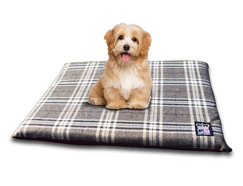 Country Check Crate Travel Mat 5 x Sizes Chatsworth Nutmeg