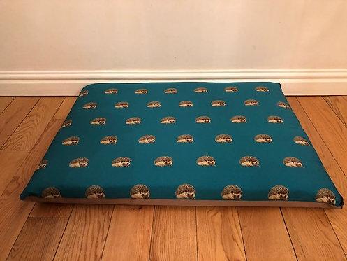 Nature Hedgehog Crash Pad Bed 90cm x 70cm