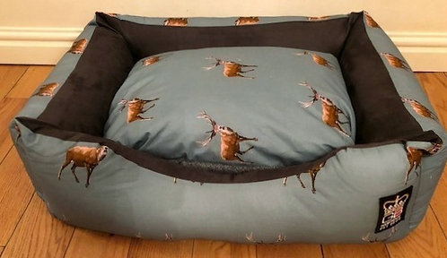 Nature Stag Settee Various Sizes