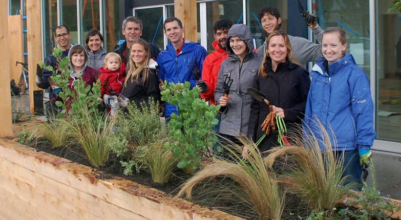 The Redd on Salmon Street: Community build day