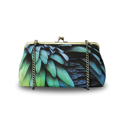 Feathers Clutch