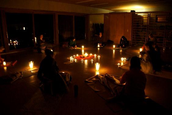 MEDITATION & MANTRA - Entspannt durch den Advent 2019