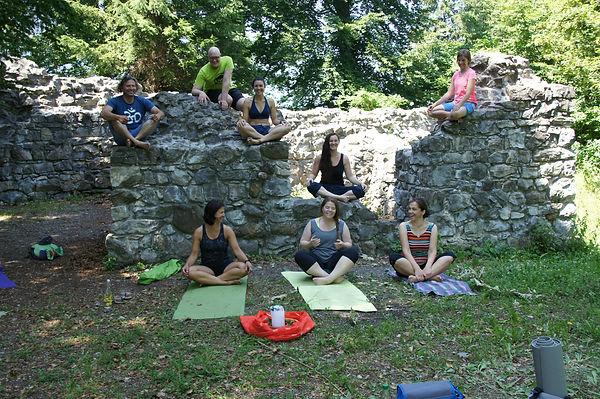 2. Sonnweber Yoga Sommerfest.jpg