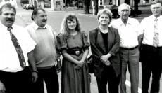 Die Vorstandschaft 1994: v.l. Rainer Dötsch, Ehrenmitglied Gustav Rothe, Susanne Hertel, Margit Hessler, Ehrenmitgllied Hanns Walther, Peter Rausch