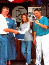 Hartmut Müller rechts, mit Anne Cottalorda und Peter Rausch