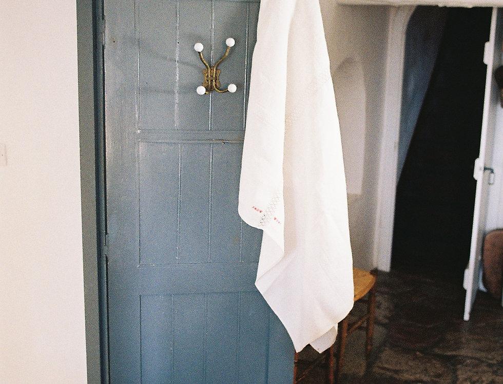 Vintage Linen Table Cloth White Lace Center