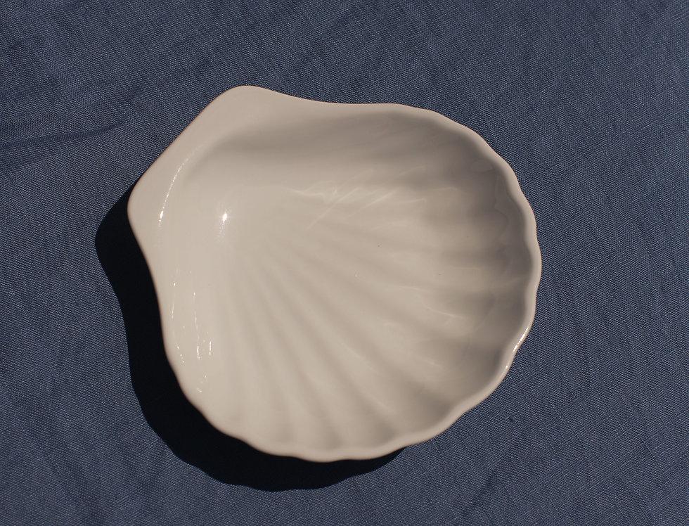 Ceramic Seashell Plate Small