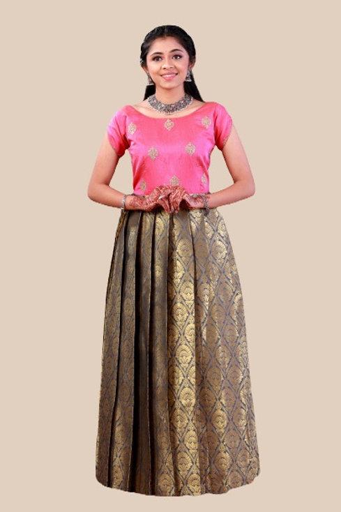 Shivangi Girls Golden Jacquard Long Gown !!! – AM67GY