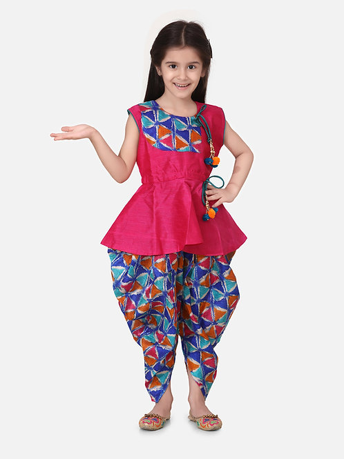 Bow N Bee Girls Triangle Print Patch Peplum dhoti  in Pink
