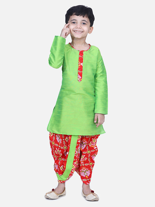 Kidswear Boys Patan Patola Ethnic Green Colored Kurta