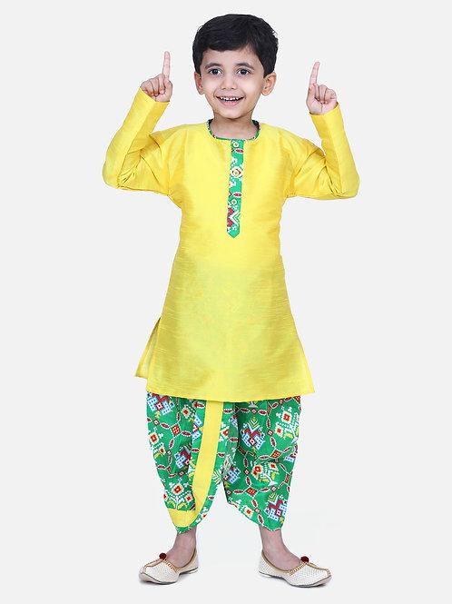 Bow N Bee Patan Patola Full Sleeve Dhoti Kurta in Green