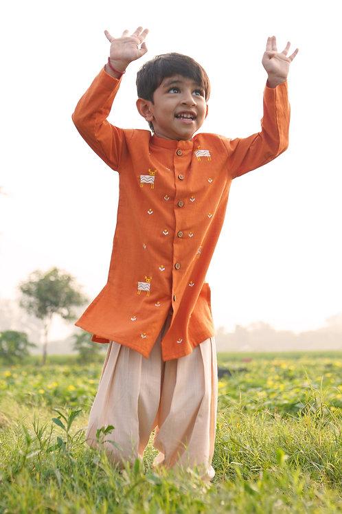 Tiber Taber Boys Orange Phulkari Deer Kurta Set in Orange