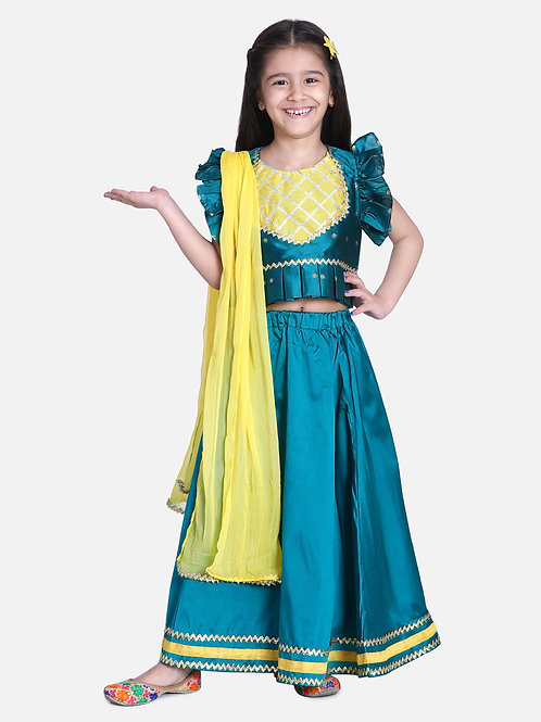 Kidswear Girls Bow n Bee Green Taffeta Booti Patch Lehenga Choli
