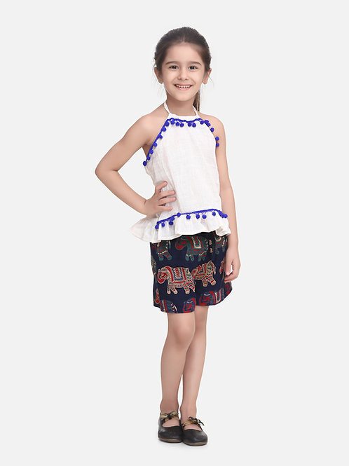 Bow N Bee Girls Pure Cotton Top With Printed Shorts in White