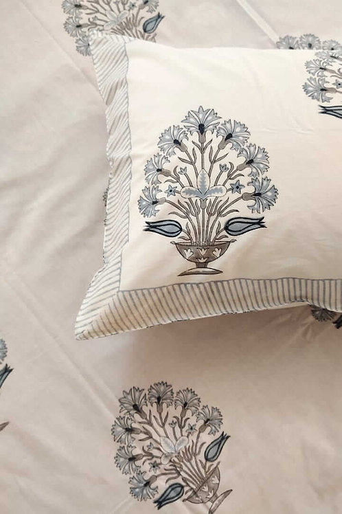 Hawa Mahal Double Bed Sheet in Suave in Grey