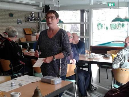 Demonstratie van hulpmiddelen door Ciska Dons
