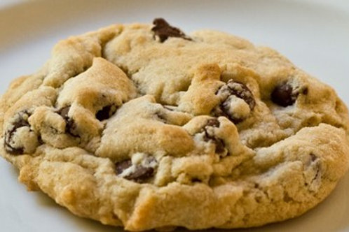 12 Classic Chocolate Chip Cookies