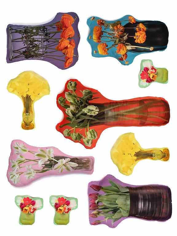 Flowerpillows_edited.jpg