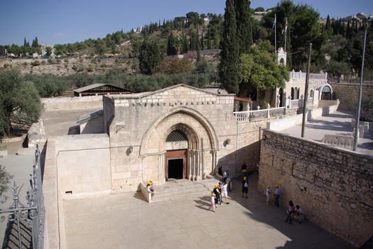 Mary's Tomb3.jpg