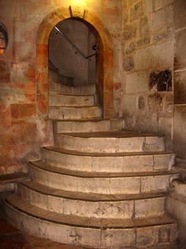 stepsuptogolgotha.jpg