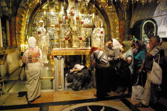 Crucifxion Altar2