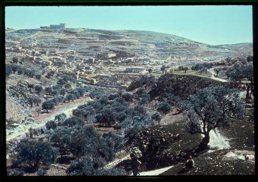 Hinnom Valley8.jpg