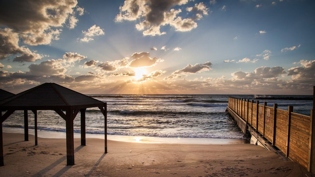 Dead Sea Beach.jpg