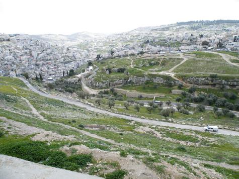 Hinnom Valley5.jpg