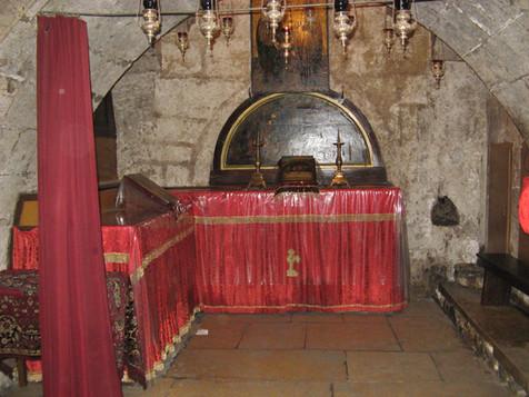 Mary's Tomb4.jpg