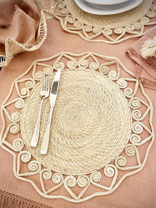 Iraca Caracol Hearts Placemat