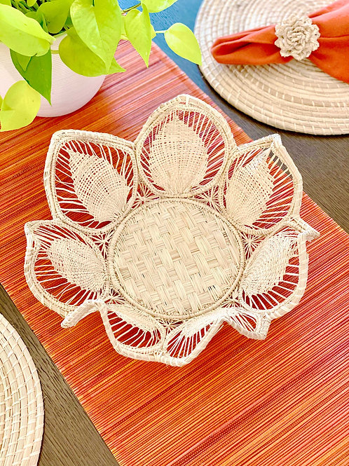Iraca Petal Basket Natural