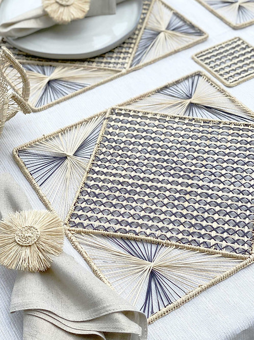 Iraca Diamond Natural & Black Placemat