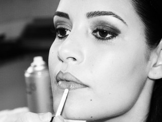 Tips On How To Get Your Wedding Day Makeup to Stay On All Day