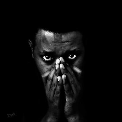 omer regev photographer black2