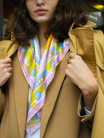 foulard-carré-la-femme3.jpg