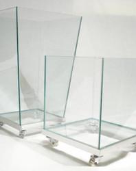 Cachepots de vidro trapezoidal e quadrado com rodízio